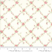 Moda Fabrics Floral Lattice weiß