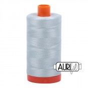 Aurifil Garn Light Grey Blue